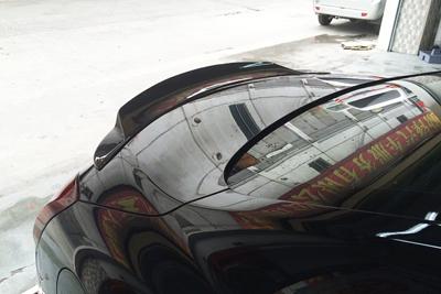 捷豹路虎招聘_英菲尼迪 G37 两门车装碳纤尾翼